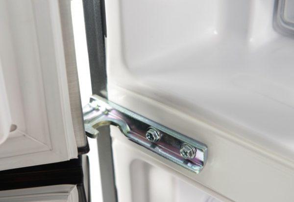 Левые петли для холодильника R-B410PUC6SLS